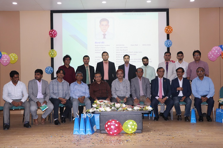 12 newly qualified CMAs get a grand reception at ICMAB